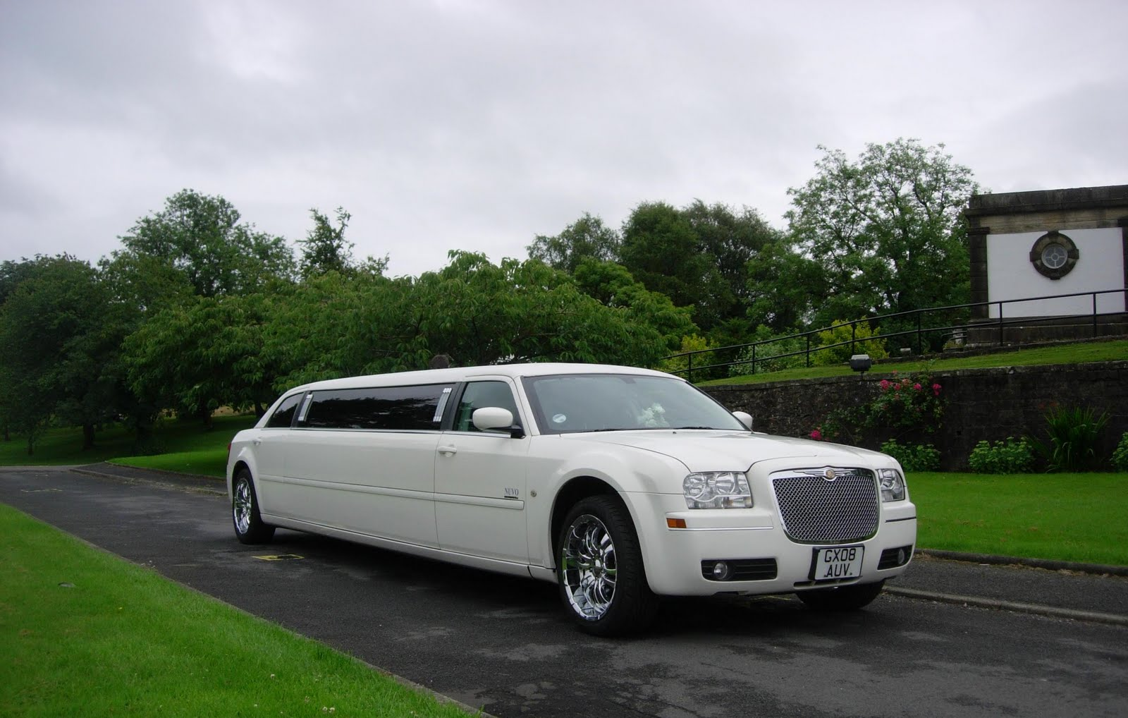 wedding-limo-portsmouth.jpg